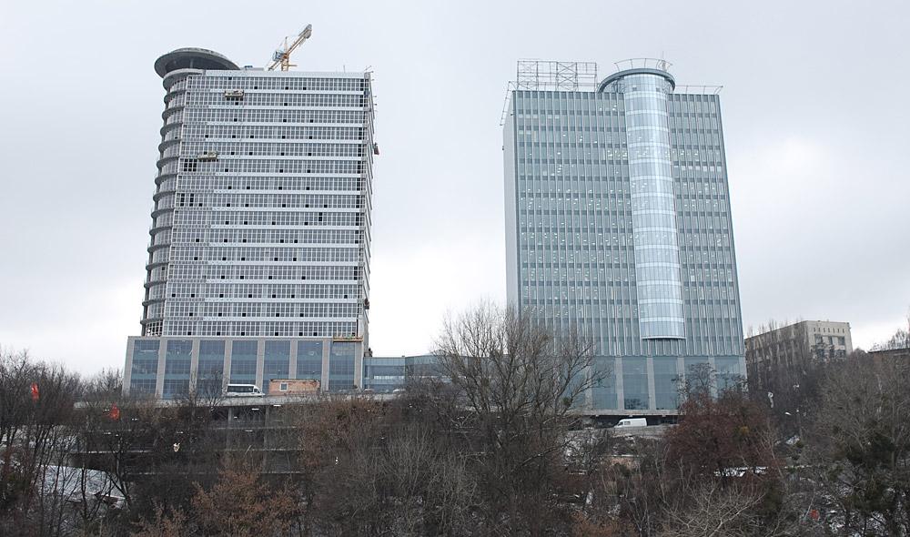 В каком месте будут строиться новые офисы?