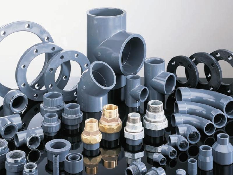Монтаж канализационных труб ПВХ